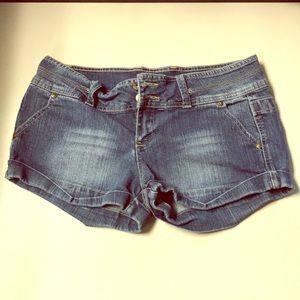 Juniors Denim Shorts, Size 11, Good Stretch